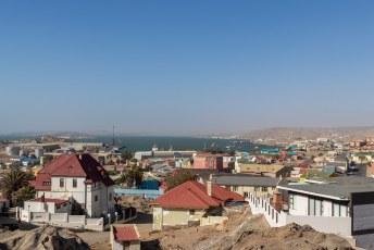 Het uitzicht over Lüderitz.
