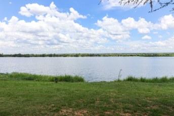 ...en een Zambezi vol krokodillen en nijlpaarden voor de deur.