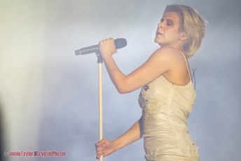 Robyn @ Pacific Coliseum - February 28th 2019