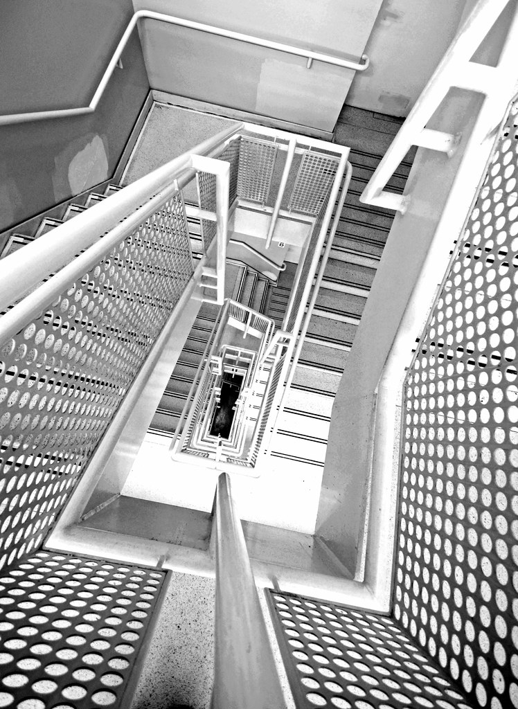Frank Lloyd Wright S Hidden Staircase In Vertigo Guggenhei… Flickr   Frank Lloyd Wright Stairs   Basement   Dorm   Design   Obras   Floor Plan