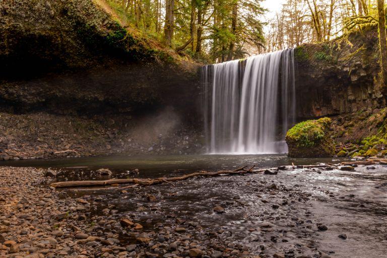 04.01. Beaver Falls, Oregon