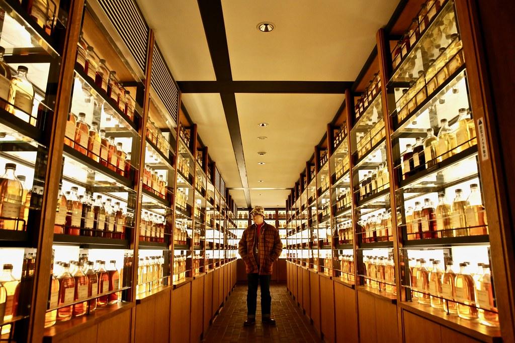 遇見第四使徒 響30年日本調合威士忌 (Hibiki 30 Years Blended Whisky)!酒の京都 SUNTORY《山崎蒸餾所》 平成最後賞櫻 ...