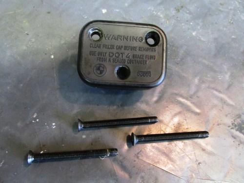 Front Brake Fluid Cover Hardware Detail