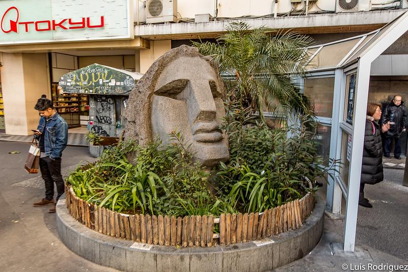 Estatua Moyai