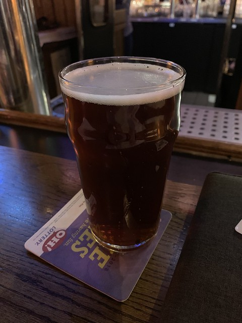 2019 Winking Lizard World Tour of Beers #21: Thirsty Dog Irish Setter Red - In honor of Lance, the Irish setter we had when I was a little.