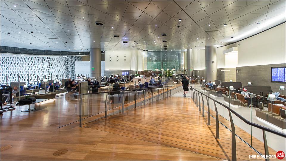 卡達哈馬德國際機場:超寫實的奇幻過境體驗 | 夏金剛的奇幻之旅