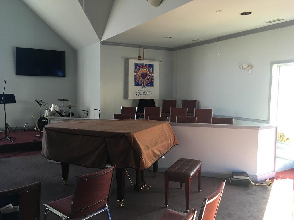 Hopewell Methodist Interior