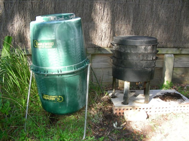 how to start a compost tumbler