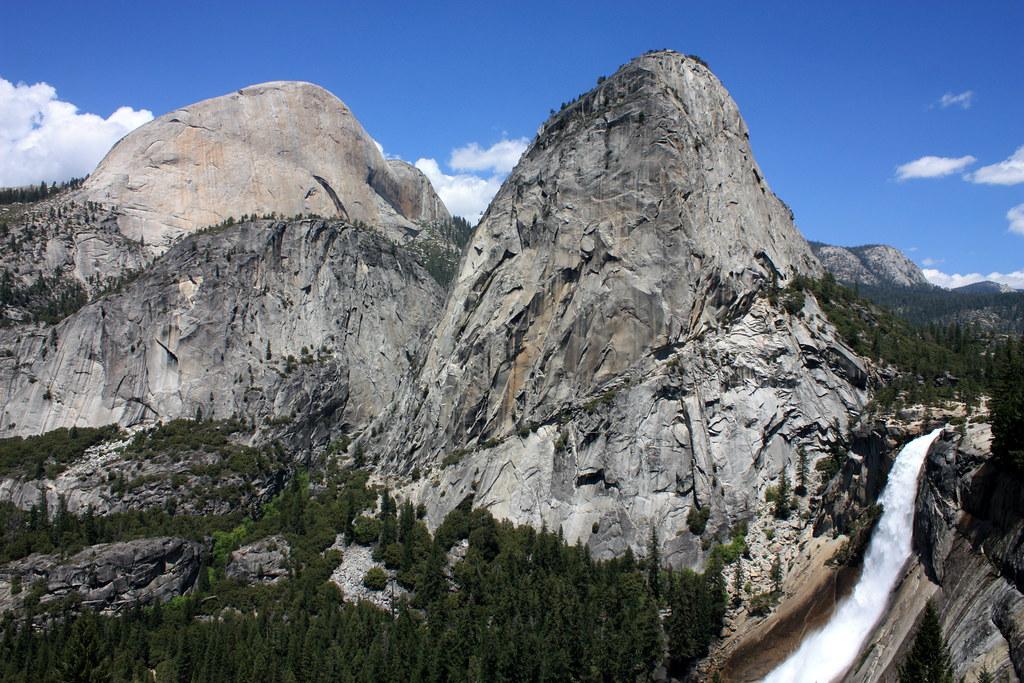 Yosemite Falls Wallpaper John Muir Trail Vista Yosemite National Park Half Dome