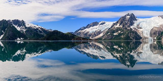 Mirrored Western-Glacier