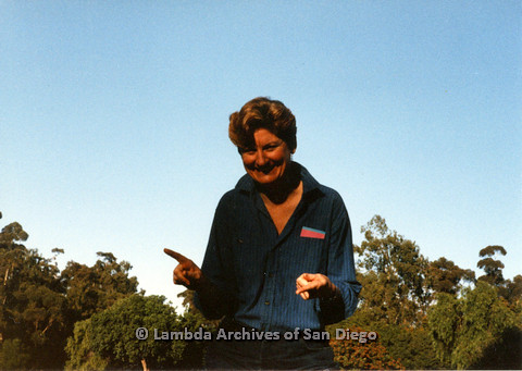 P024.195m.r.t Judith McConnell with index fingers out