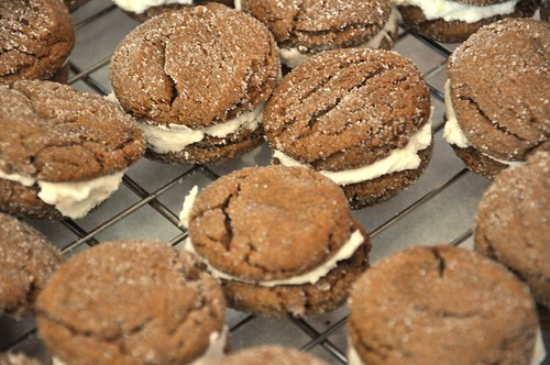 Ginger Sandwich Cookies with Lemon Filling