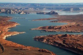 Lake Powell - Glen Canyon Dam