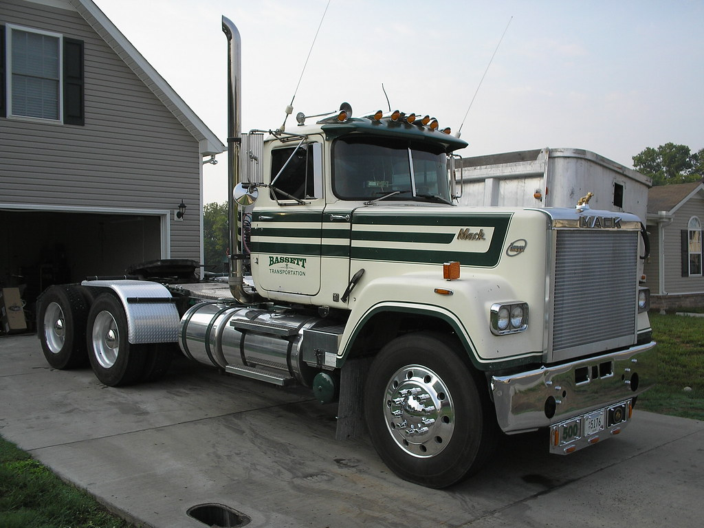 hight resolution of  1984 mack rw722lst mack e9 440hp trtxl1070 trans by 556or762