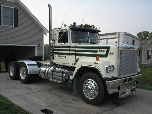 small resolution of  1984 mack rw722lst mack e9 440hp trtxl1070 trans by 556or762