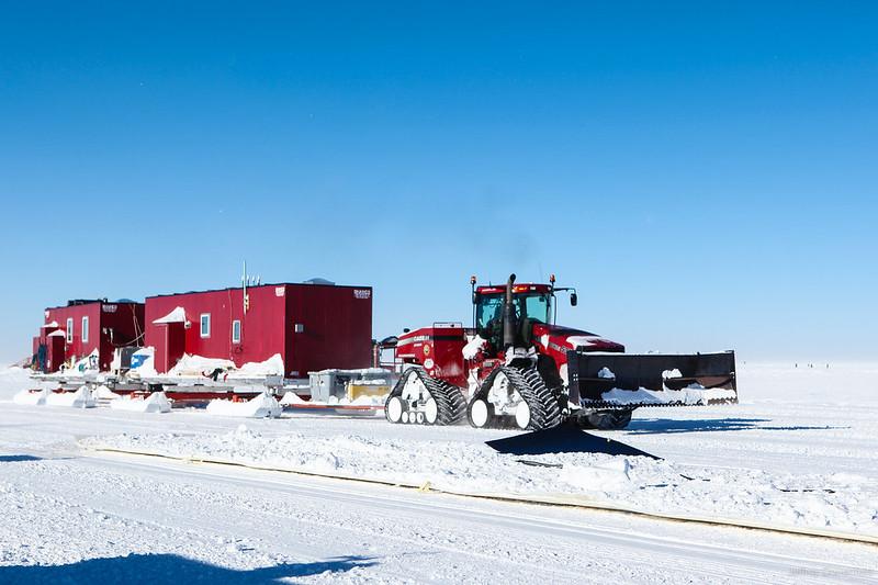 2012-12-06 South Pole Traverse