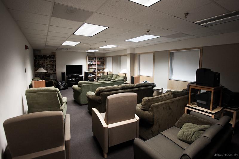 2013-02-05 B1 Lounge