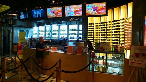 百老匯戲院 Broadway Cinema@The ONE   Hong Kong   Photograph by Ke…   Flickr