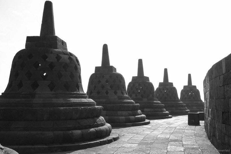 2013-04-01 Borobudur - DSC03834-FullWM