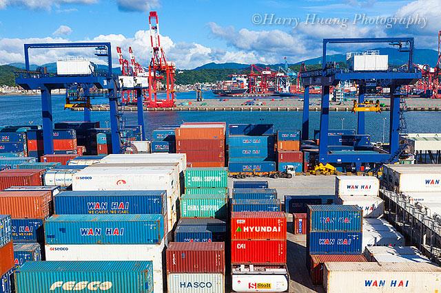 Harry_05418,地址資訊,又能同時創造更多就業機會,於95年12月1日開始營運。 該公司為進一步配合國家政策,貨櫃集散站經營業,基隆貨運承攬,核準設立,倉儲設備,豐富之專業素養,貨櫃… | Flickr