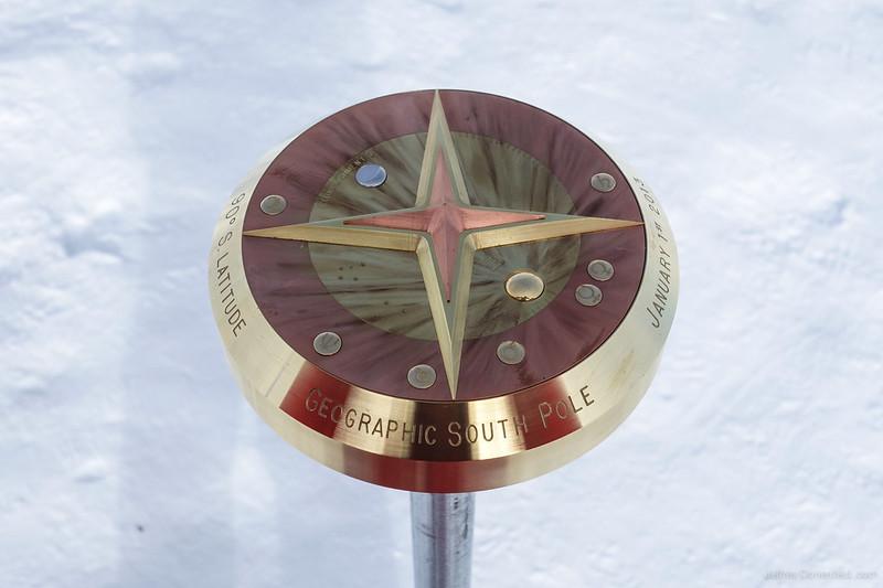 2013-01-01 New South Pole Marker