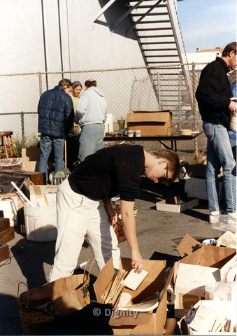 P104.001m.r.t Dignity church and MCC yard sale: people looking through boxes