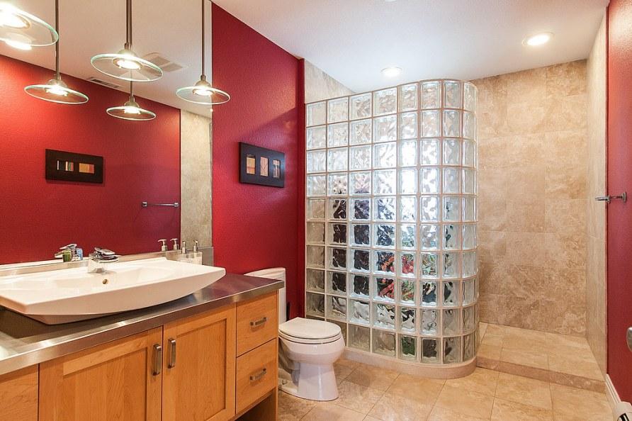 950814_Bathroom_high