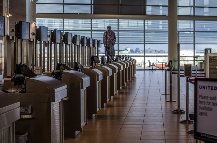 Face Covering or Non-Medical Mask Will Be Required Inside Winnipeg Richardson International Airport