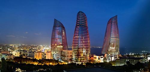 Panoramic view of Baku (2)