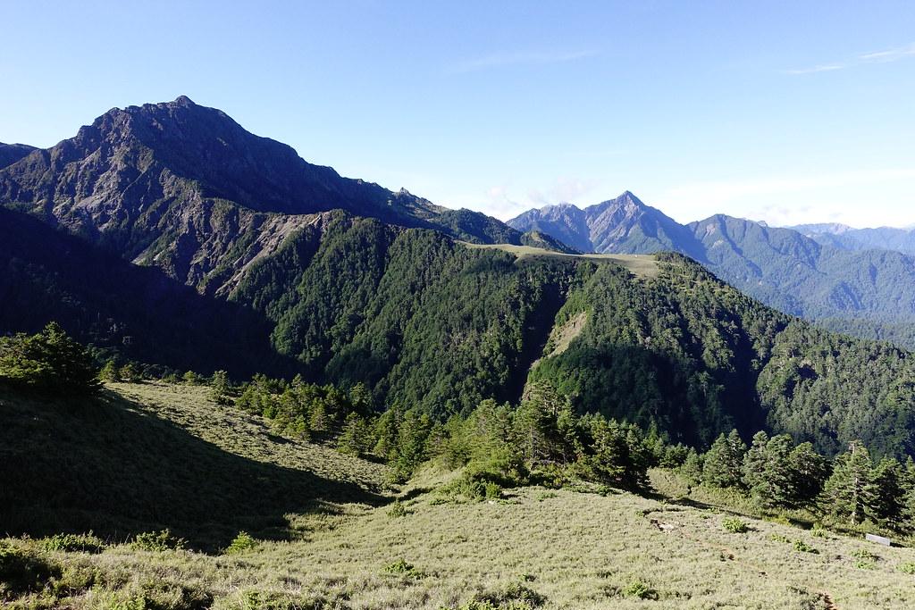 百岳@南湖群峰2(撤退)D3 | 展望南湖中央尖。 | Jasper Lee | Flickr