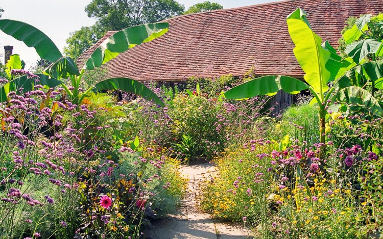 Great Dixter Gardens, Sussex, England (14 of 23) | A view of the Exotic Garden