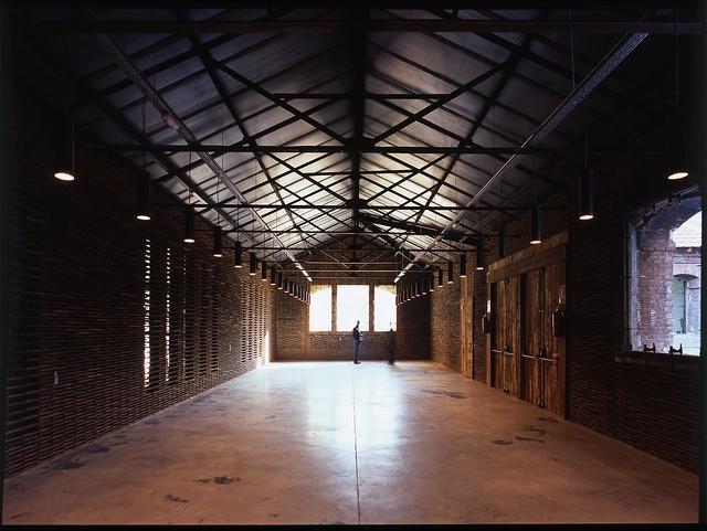 Taller. Interior