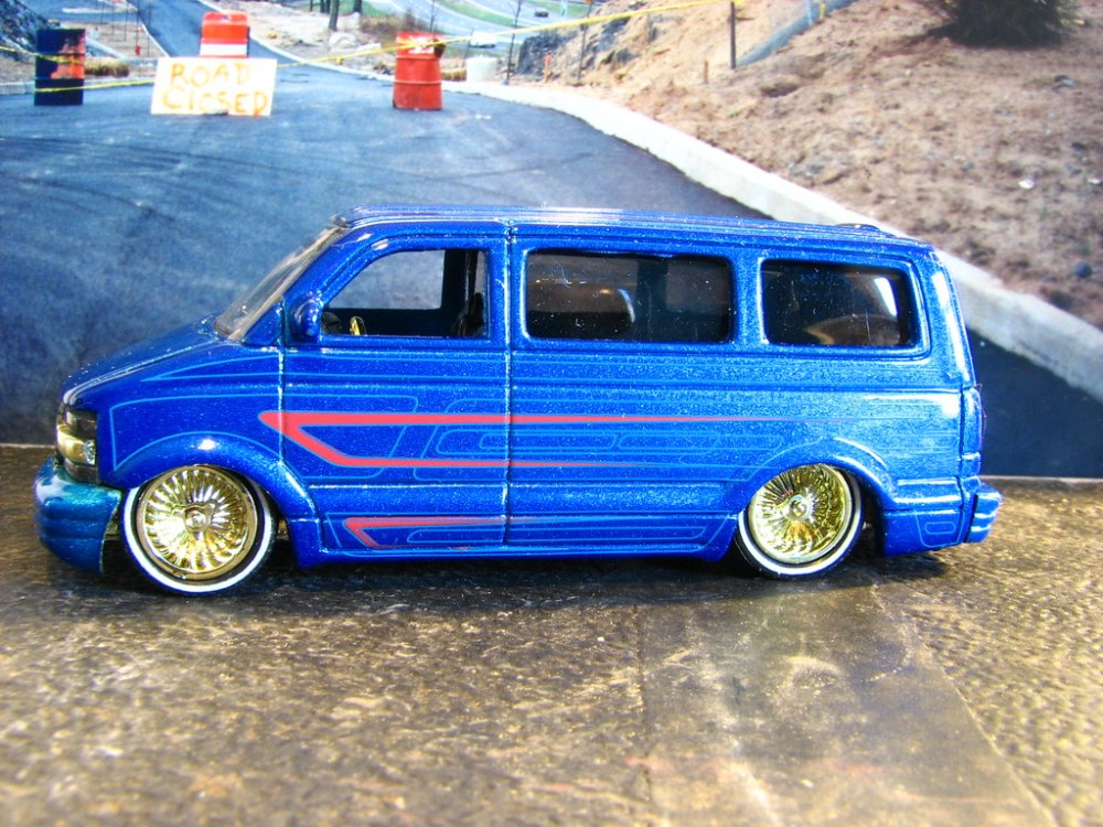 medium resolution of  a small scale custom 2001 chevy astro by richie 59