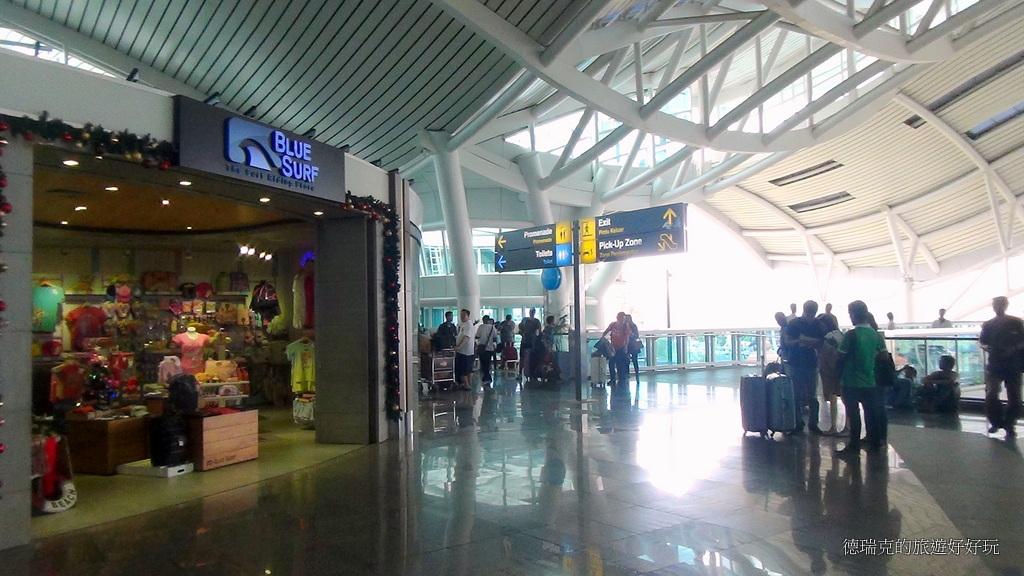 1411巴里島機場 伍拉賴國際機場 免稅店 登機閘口 購物 Ngurah Rai 長榮航空 BALI 印尼巴里島旅遊…   Flickr