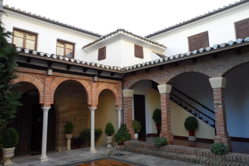 patio Real Convento de Santa Clara Museo y Palacio Pedro I Astudillo Palencia 08