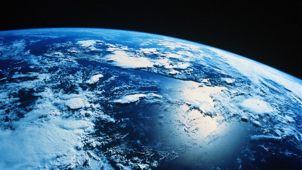 3d R Wallpaper Download Exciting Earth Desktop Wallpapers Cool Earth Wallpaper Wal