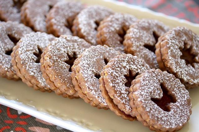Linzer Cookies - 28