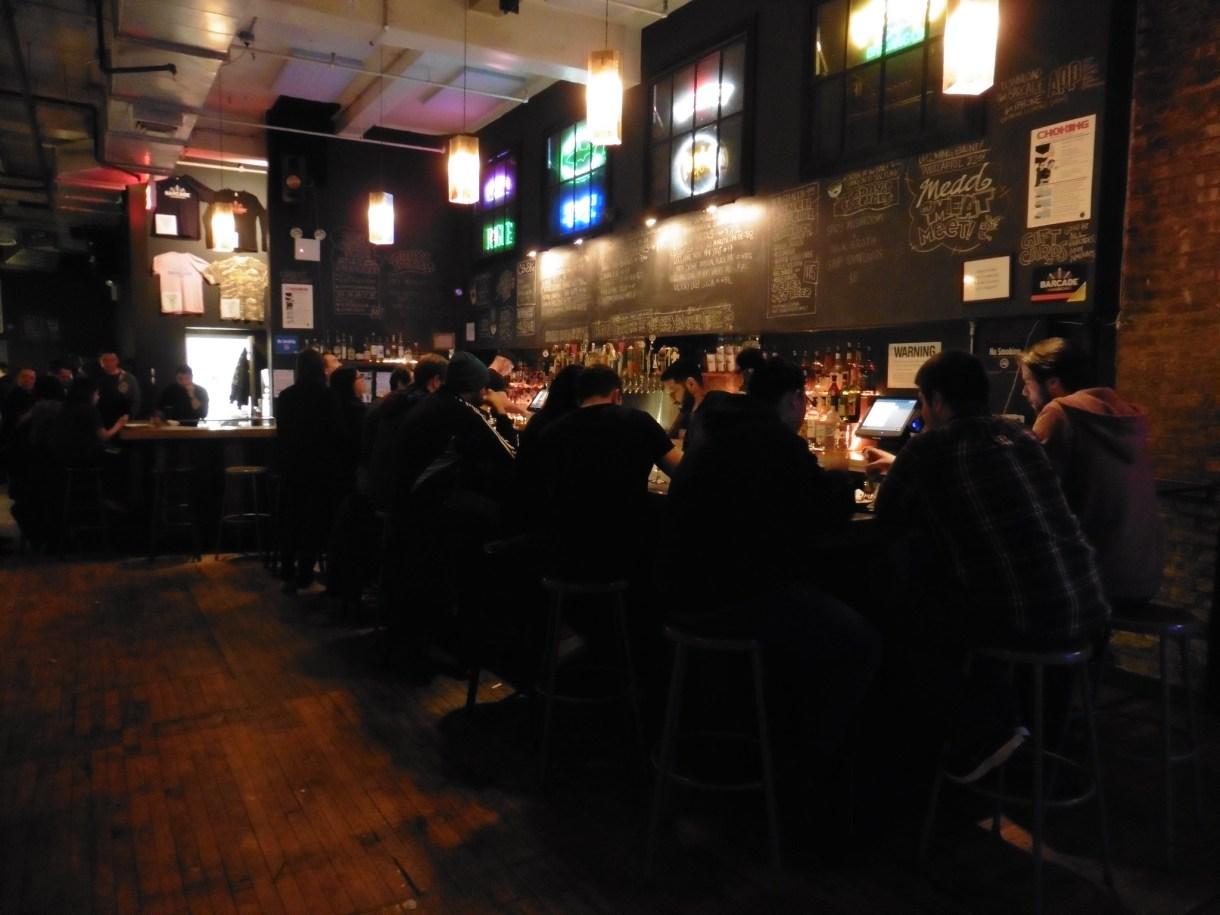 Dónde beber y gastronomía en Nueva York (Estados Unidos) - Restaurante temático recreativos retro Barcade.