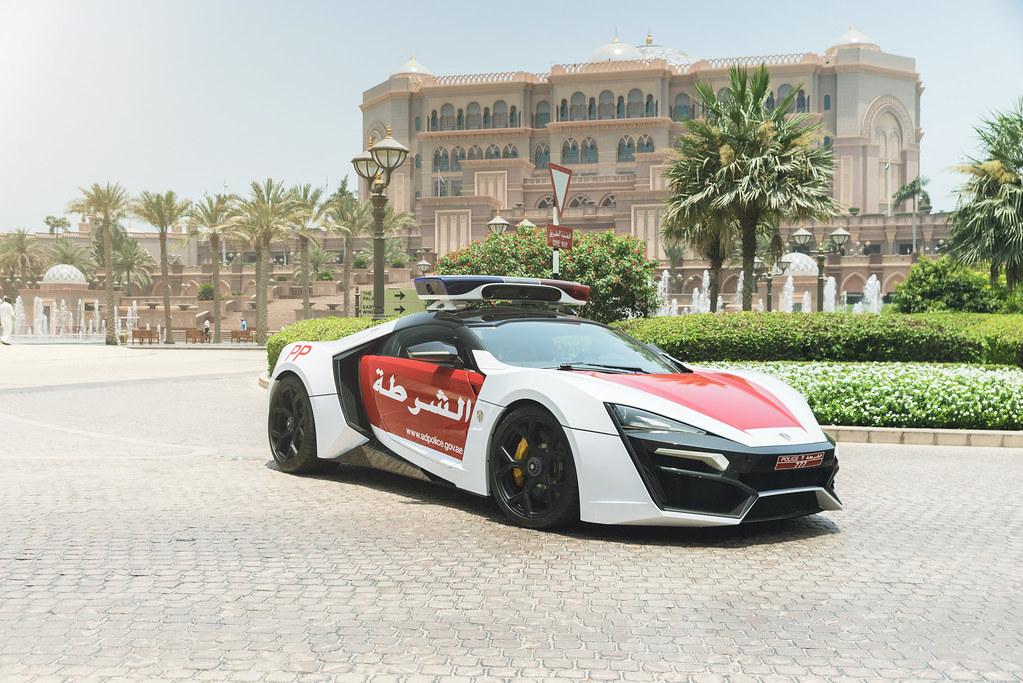 Dubai Police Car Wallpapers Abu Dhabi Police Lykan Hypersport Official Press Flickr
