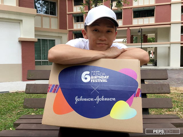 Johnson and Johnson for Him Surprise Box