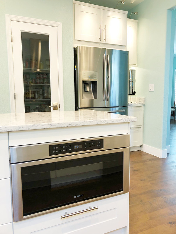 Microwave drawer on the kitchen island