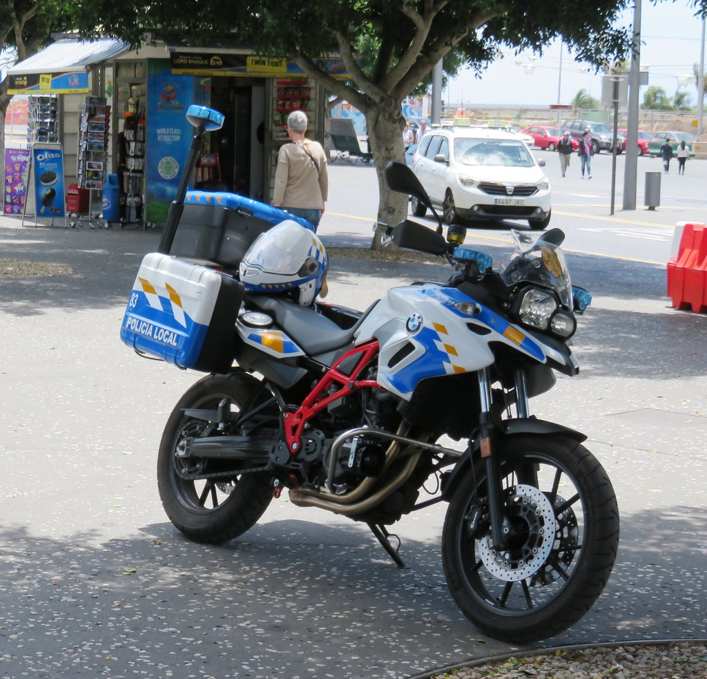 hight resolution of  police motorcycle bmw by hear and their