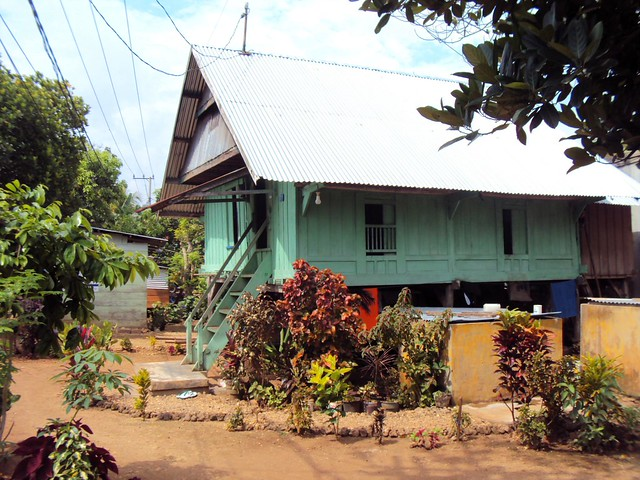 Typical house in the Baubau region by bryandkeith on flickr