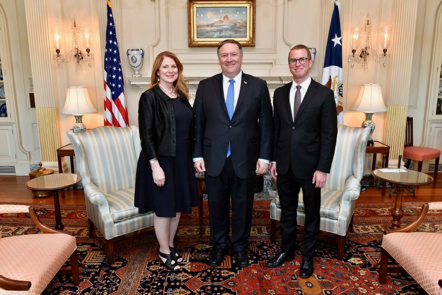 Secretary Pompeo Poses for a Family Photo With his Wife an ...