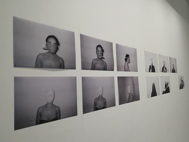 3. Fotoacción de Fina Miralles Enmascarats (1976), expuesta en Supervivientes.