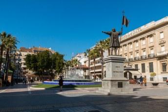 Vervolgens ben ik door Portugal gereden, en in het zuiden Spanje weer in. Dan kom je uit in Huelva waar Columbus op het Plein van de Nonnen staat.