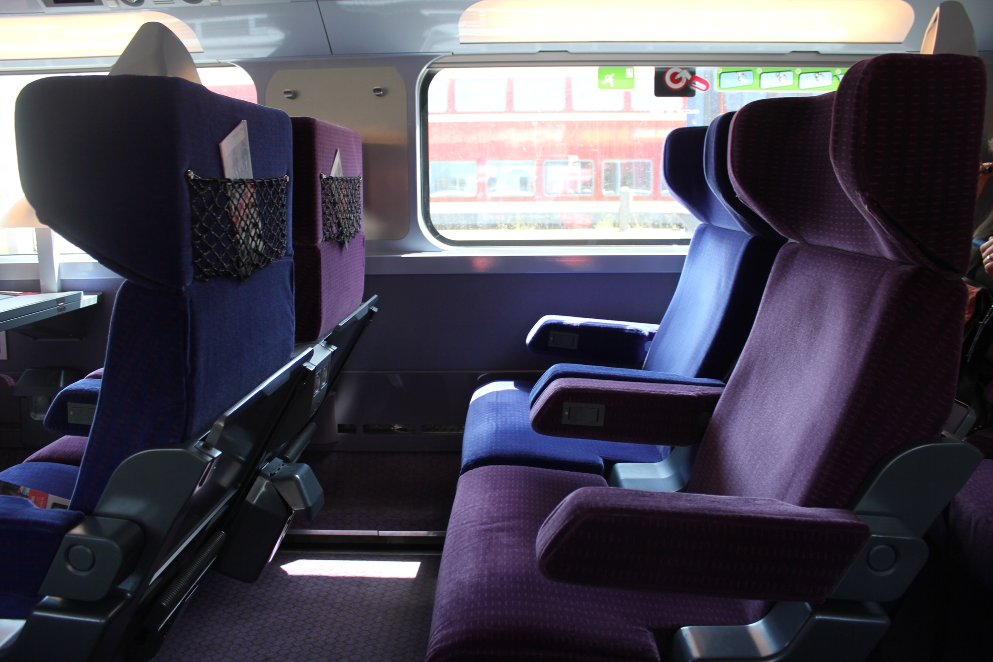 velvet 5in1 air sofa bed reviews sofasworld recliners tgv first class from stuttgart to paris live and let 39s fly