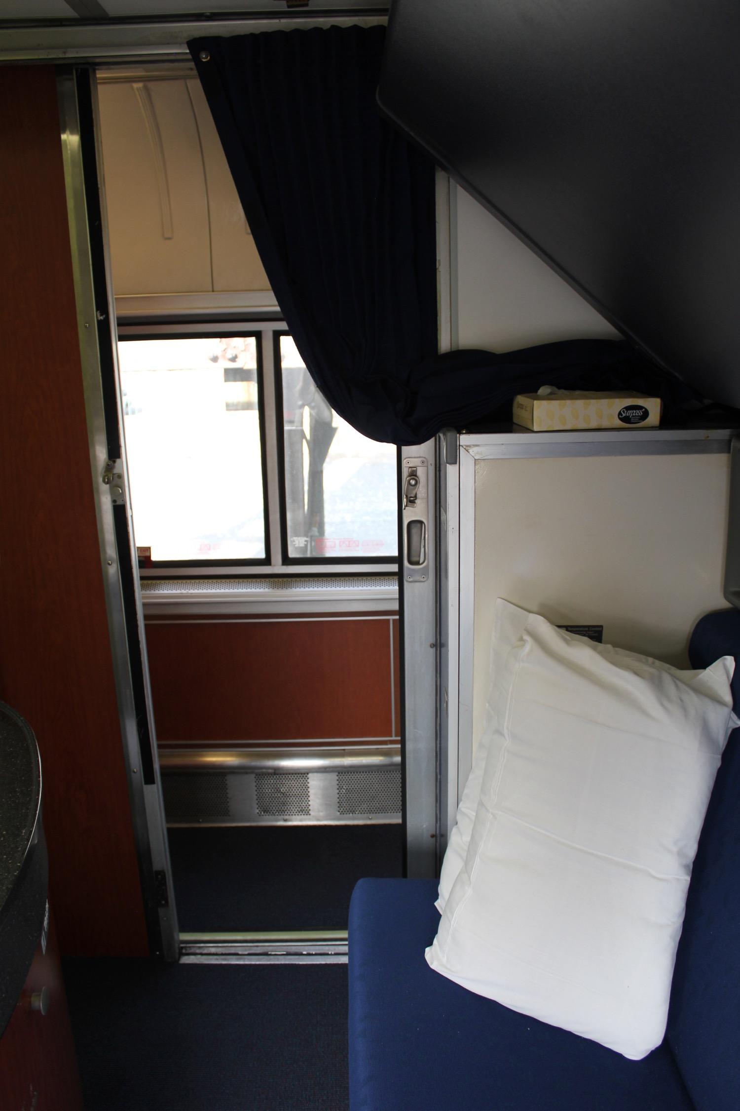 Review Amtrak Empire Builder (superliner Bedroom)  Live