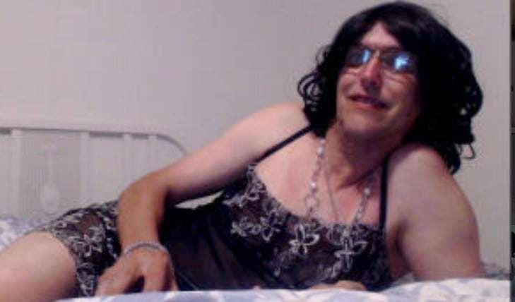 Crossdressing sissies on live cam