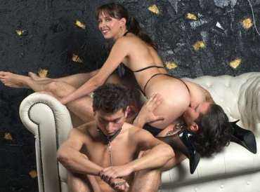 cuckold webcams, the cuckold chained, cuckold cams